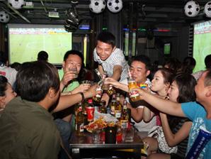 大屏幕看世界杯 选择投影机观赛5大理由