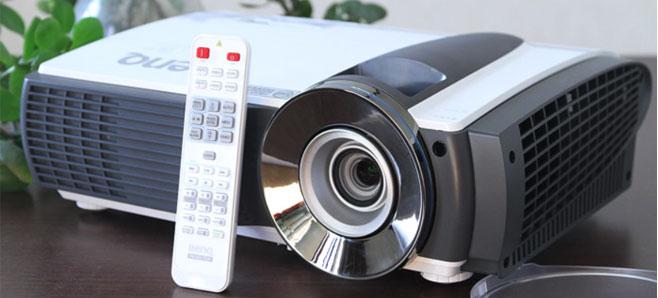 中国投影机市场经过十多年的发展,已经由最初的日系品牌独占鳌头转变成多国品牌相互竞争,直至今日,在新光源领域已完全实现了由国产品牌主导市场的格局。