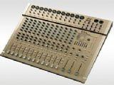 PAL M20.2G �е��͵���̨
